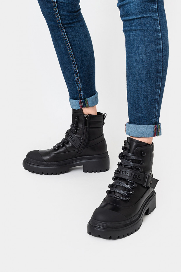 Женские ботинки Via del Garda черные - VG55625n